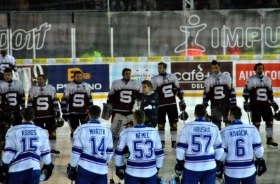 Hokejové hry 08.01. 2016